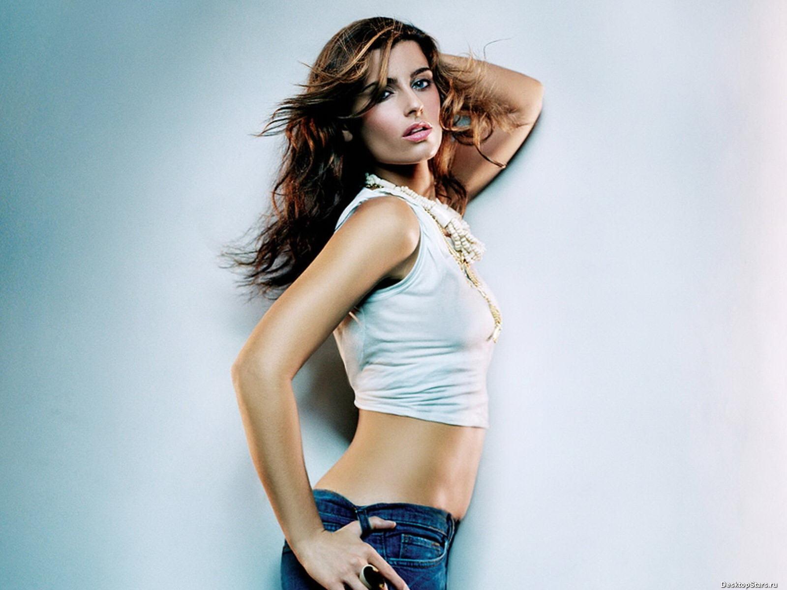 Nelly Furtado попала на первое свое серьезное шоу в 2001 году, тогда